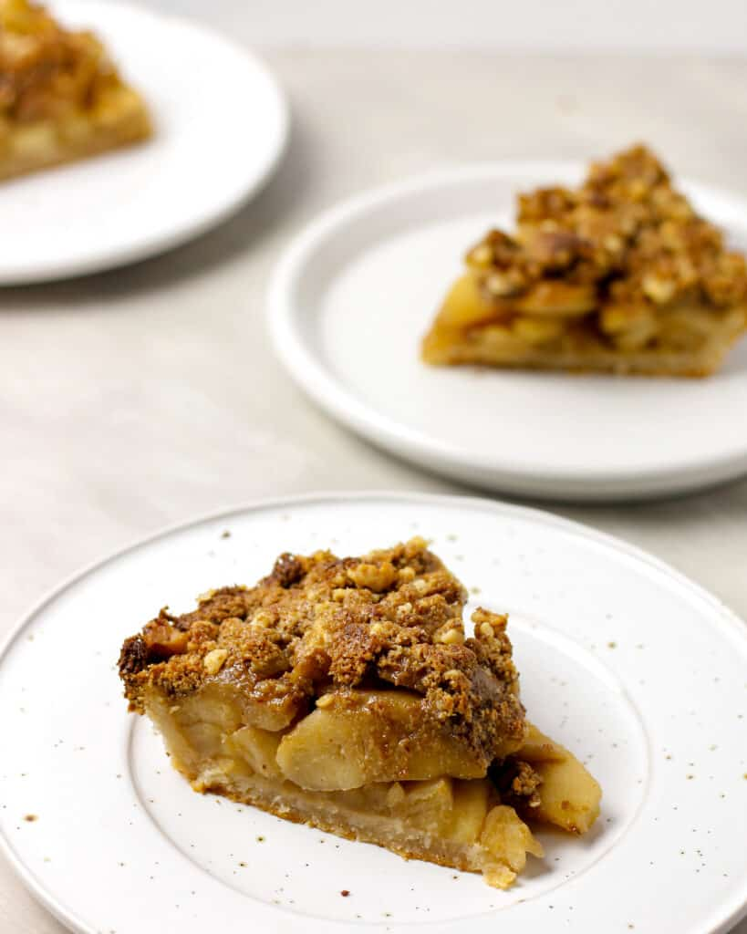 Skillet Dutch Apple Pie
