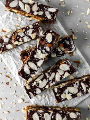 No Bake Chewy Dark Chocolate Cherry Granola Bars (Gluten Free)